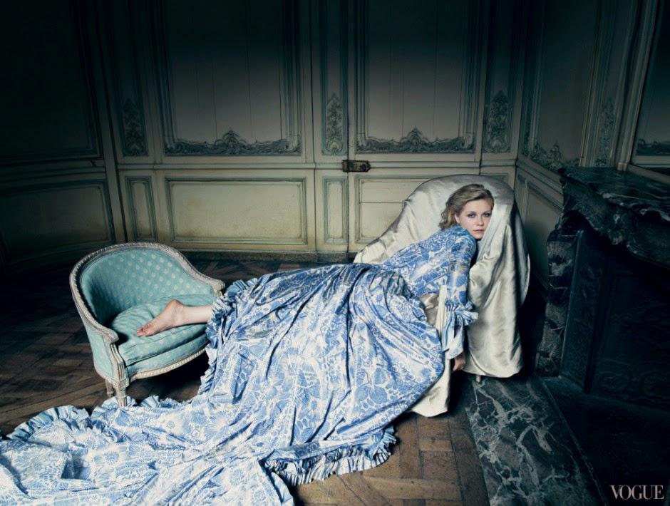 Oscar-de-la-Renta-Vogue-Archives-13