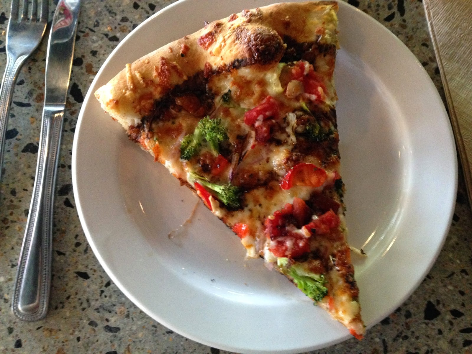 Balsamic Veggie pizza from The Community Oven in Hampton, NH | The Economical Eater