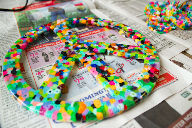 how to make suncatchers out of plastic beads
