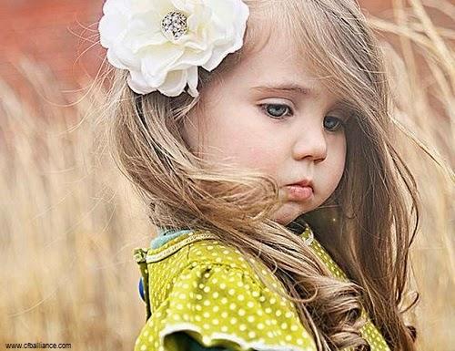 Petite fille images et photos