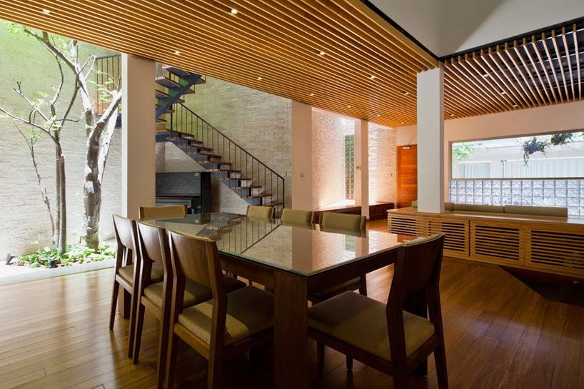 konsep-green fall-unsur-alami-segar-dan-asri-pada-desain-fasad-rumah-ruang dan rumahku-008