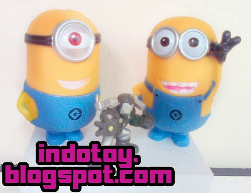 Jual Action Figure : Minnion Figure isi 2
