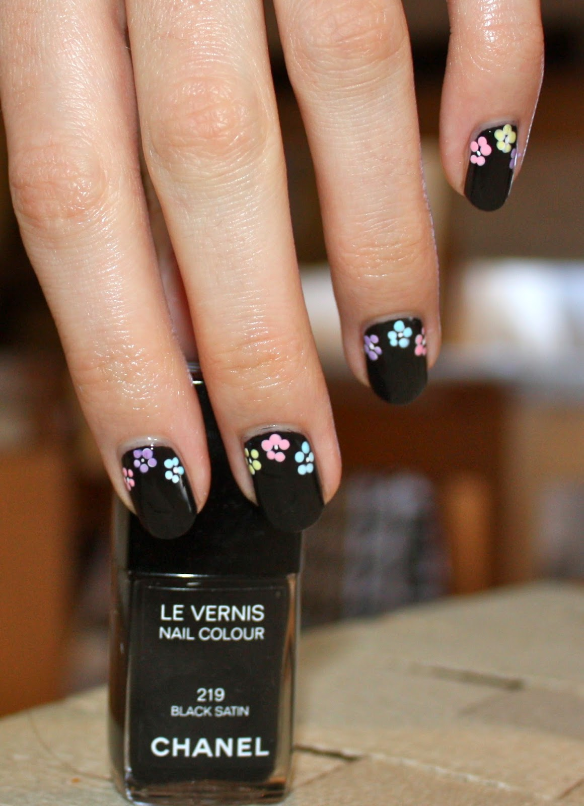 Black and Pastel Floral Flower Nail Art Tutorial