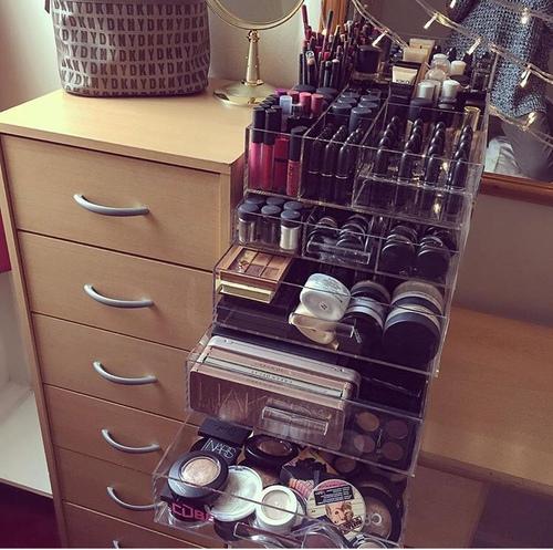 Make up organization come organizzare i propri trucchi - Organizzare cassetti bagno ...