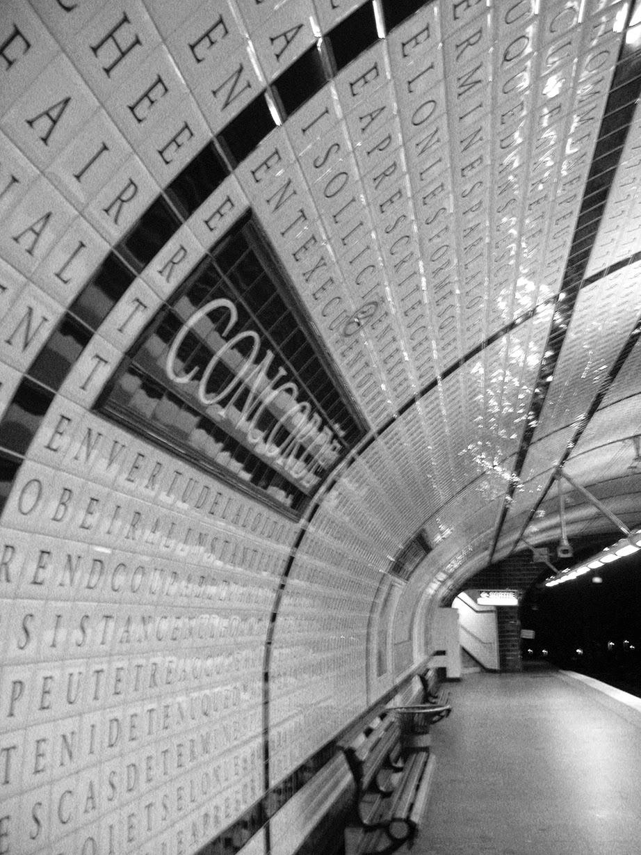 metro stop: Concorde