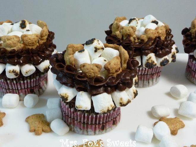 Ms. Fox's Sweets: Pink Princess Cupcakes #21- S'