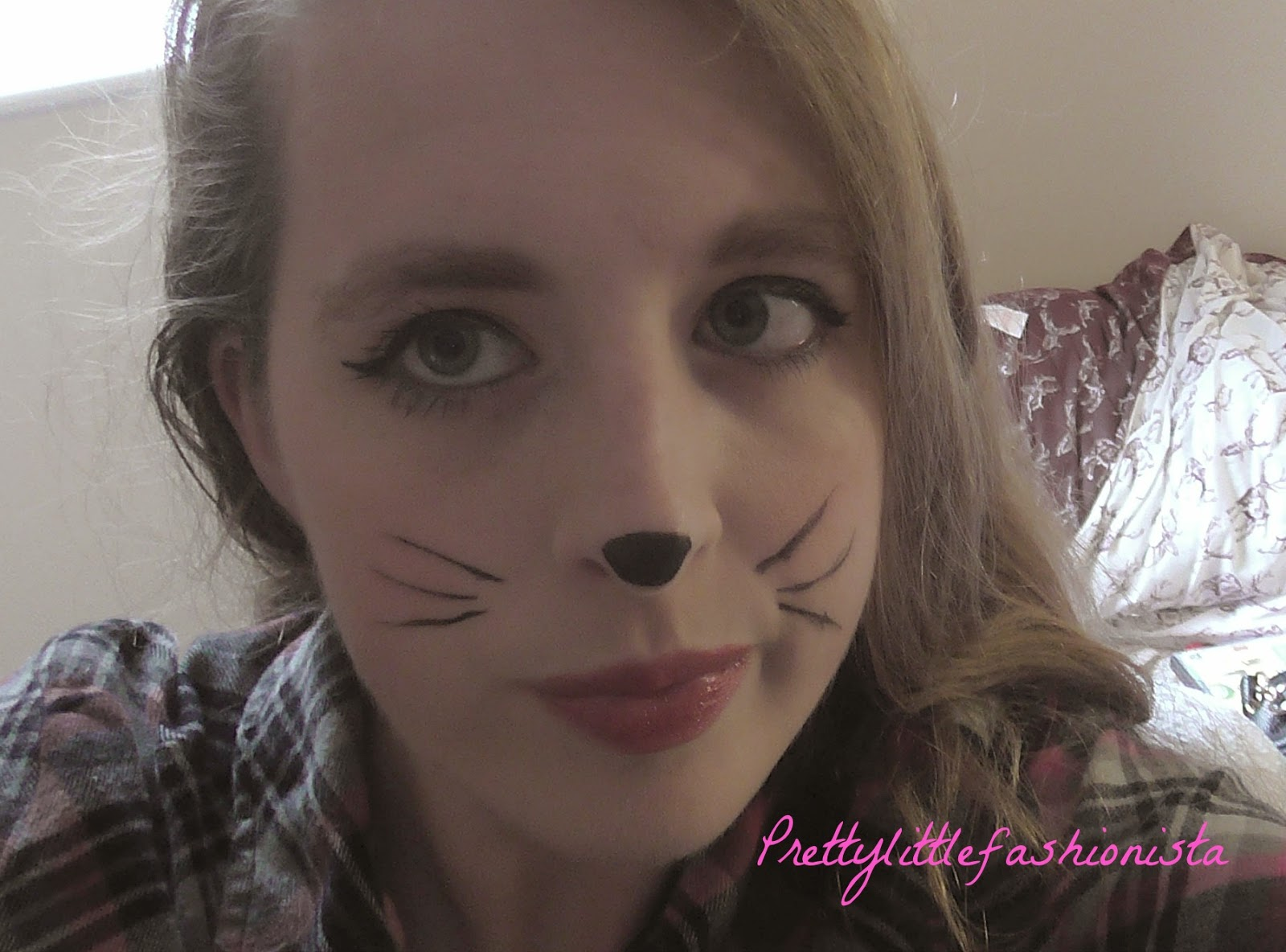 Halloween Tutorial: Quick Cat Makeup