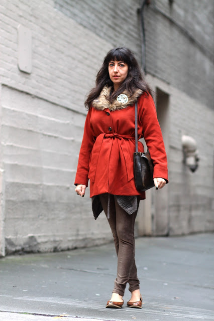 AMber Ricciardi red coat Seattle Street style fashion it's my darlin'