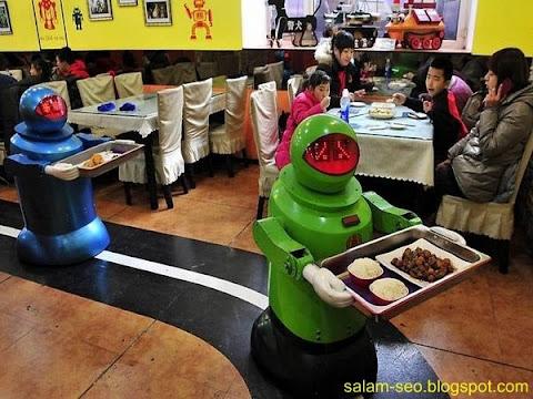 Uniknya Restoran Robot di Harbin