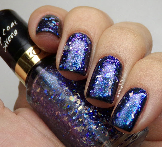 L'oreal Hello Captain nail polish