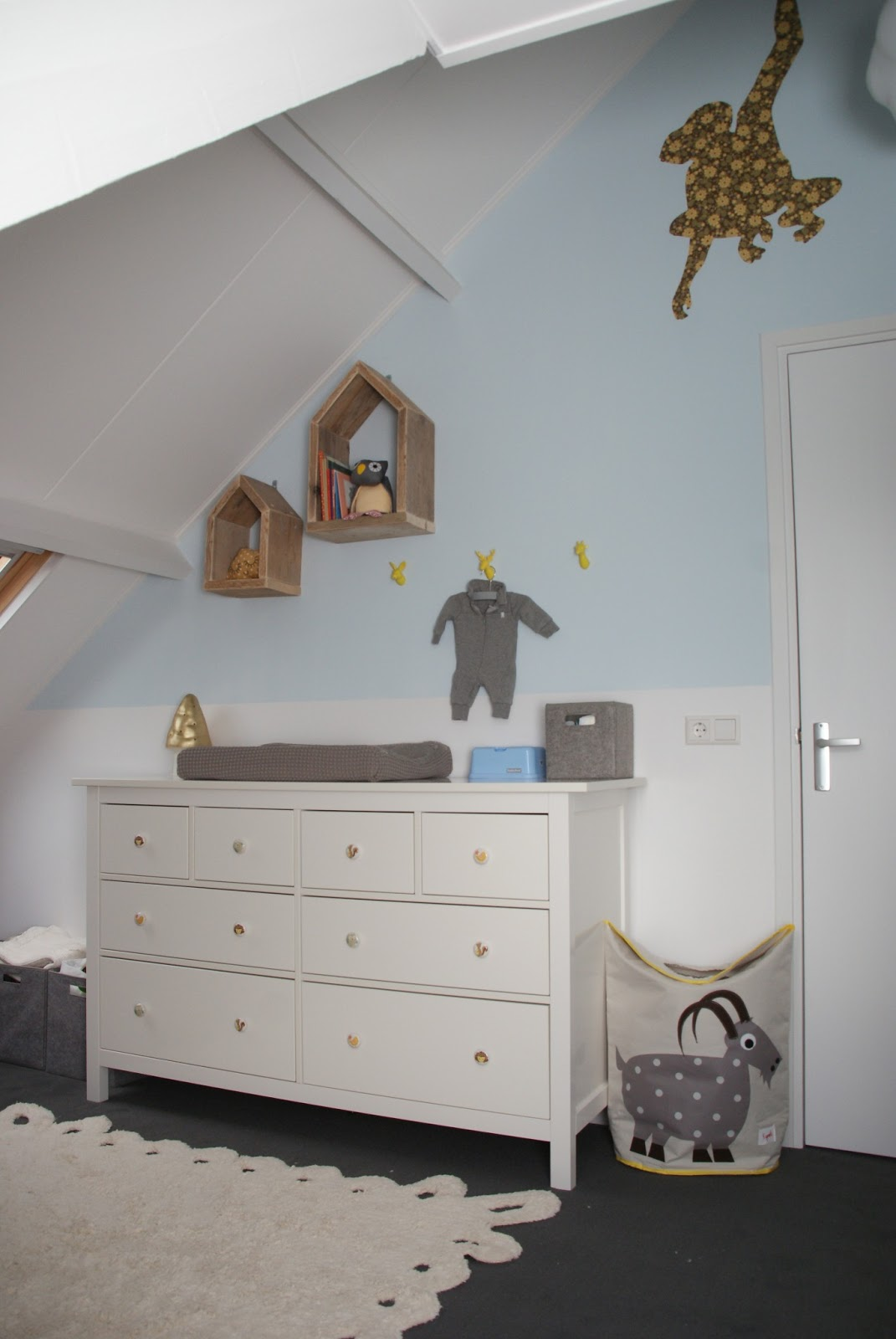 babykamer taupe blauw ~ lactate for ., Deco ideeën