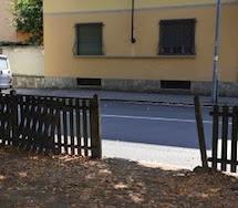 Giardini di piazza Mentana, un PERICOLO per i BAMBINI e in totale degrado