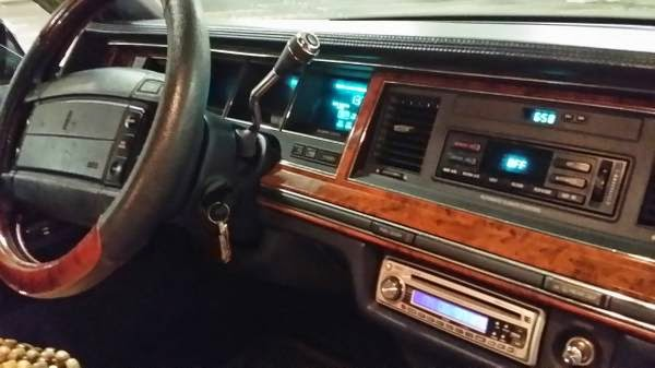 1994 Lincoln Towncar Lowrider Custom Auto Restorationice