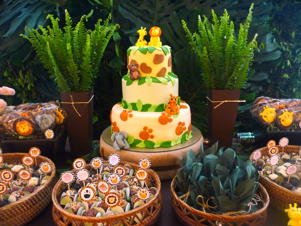 decoracao festa safari:festa safari o salão virou um verdadeiro safari cheio de verde e