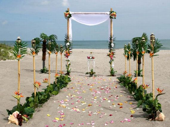 Beautiful beach wedding decorations for Beach decorations for the home