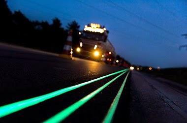 Estrada que brilha a noite
