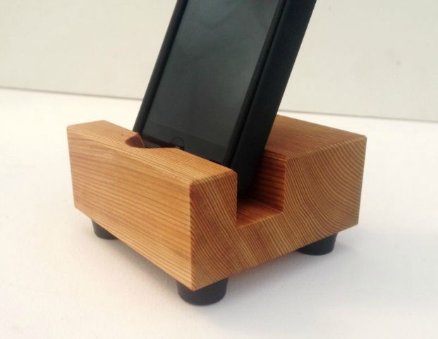 wood iPhone stand docking station