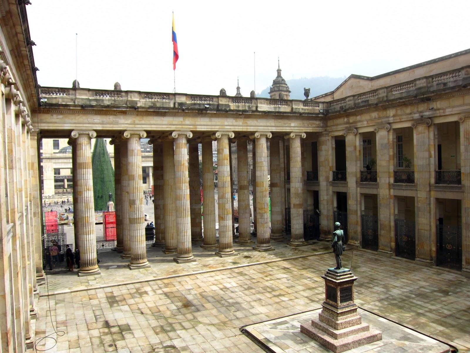 Colombian school buildings