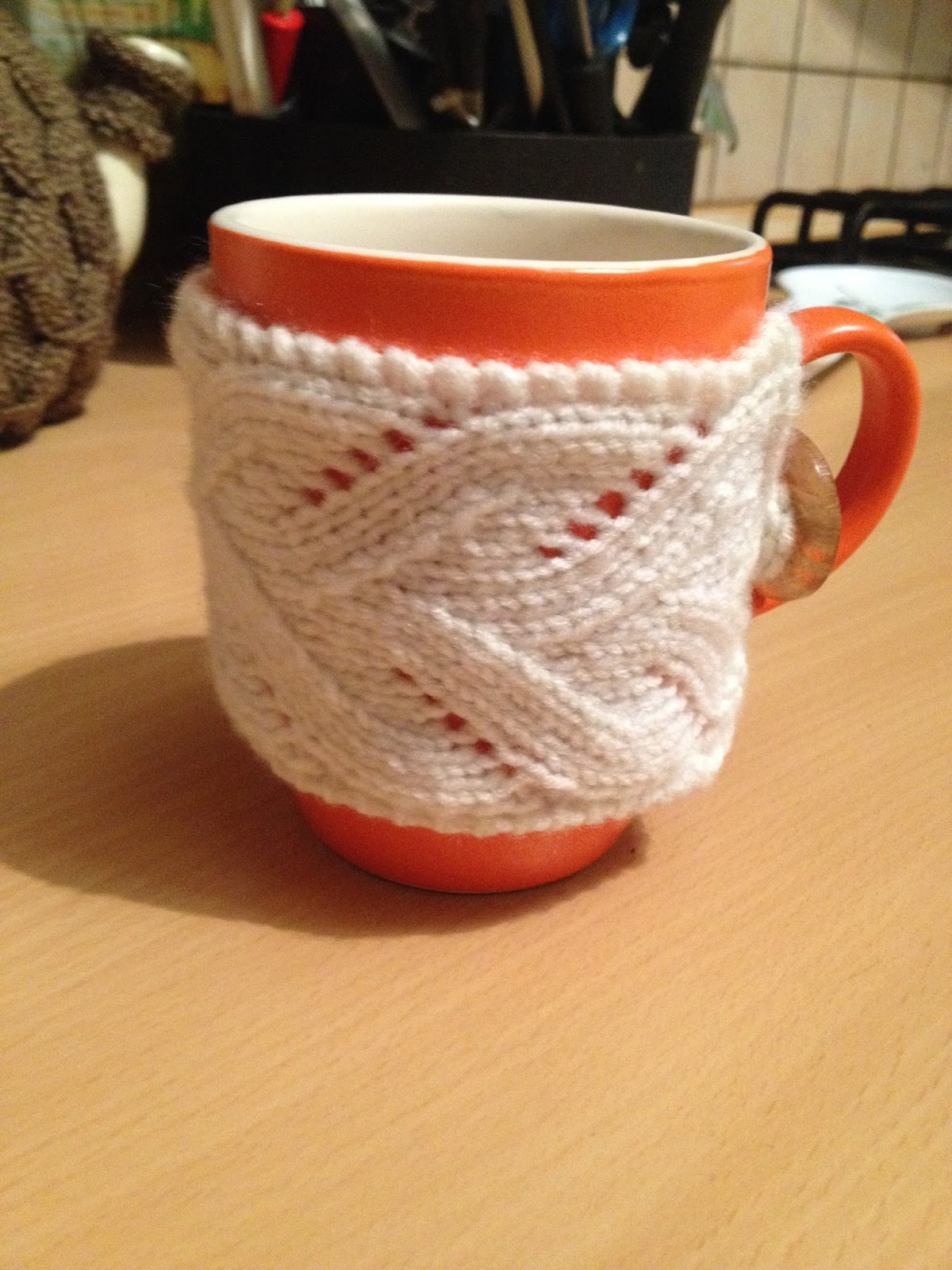 Valley Yarn\'s Fancy Mug Cozy | A Time to Knit