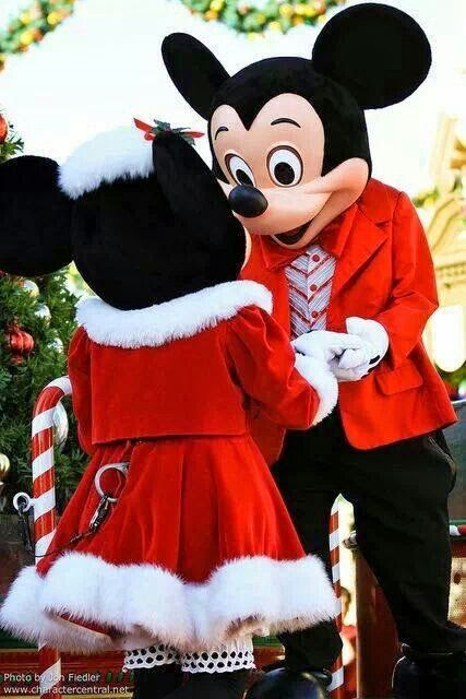 Walt Disney Christmas images holiday.filminspector.com