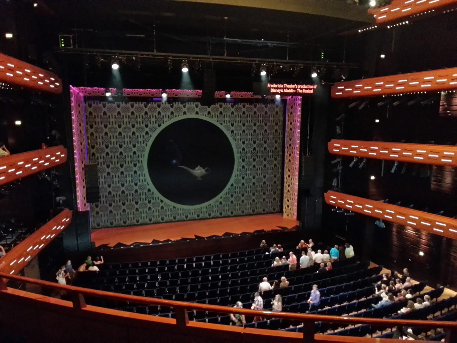 forestillinger i operaen københavn