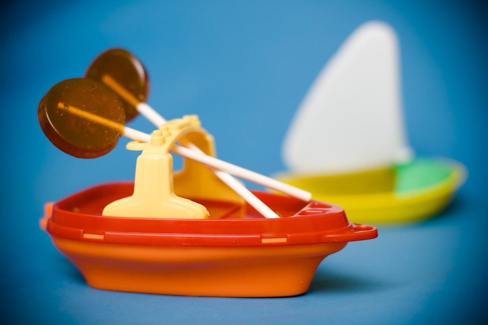Good Ship Lollipop – Homemade Shirley Temple Lollipops | Cupcake ...