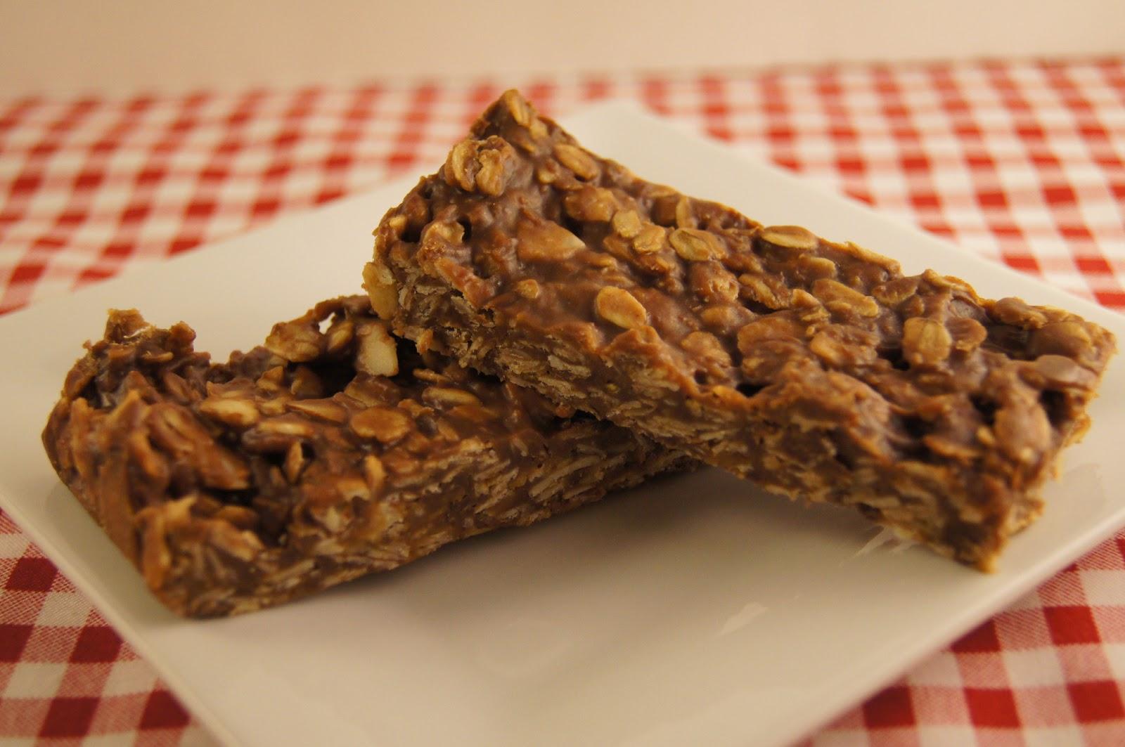 Elizabeth's Dutch Oven: Chocolate Peanut Butter Granola Bars