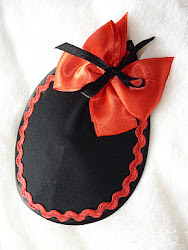 black and red bow fascinator