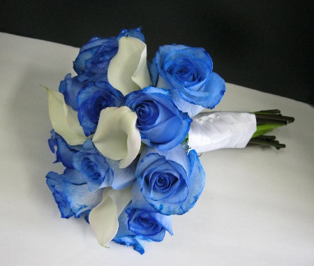 Blue Rose and White Callas