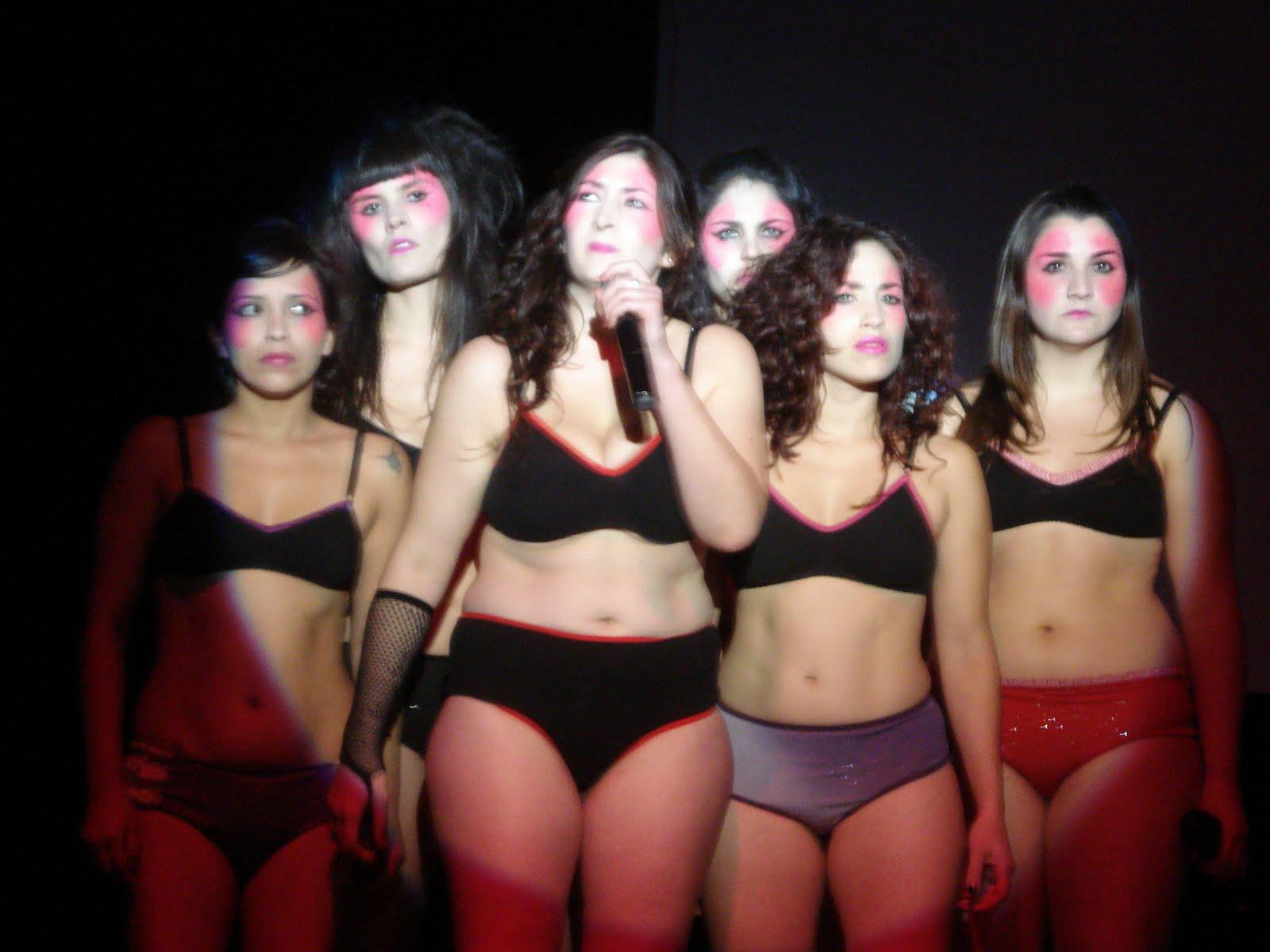 KULTURO Mujeres en el ba o arras en el Hugo del Carril