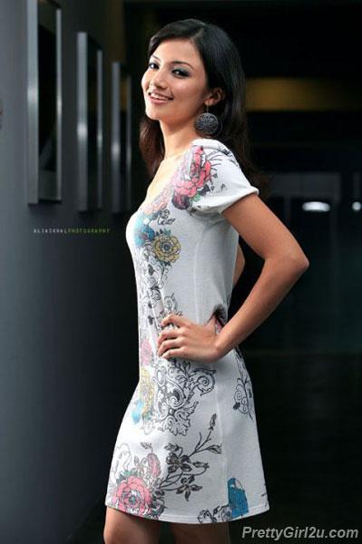 Neelofa Mohd Noor Fashion 2013 Carolina Arango Hannah
