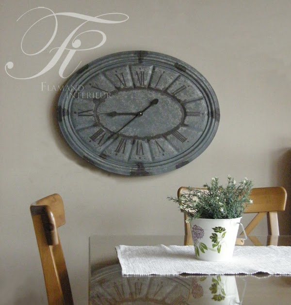 Flamand int rieur clock oval for Interieur flamand