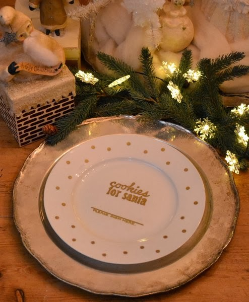 Jennuine by rook no 17 diy cookies for santa for Diy ceramic plates