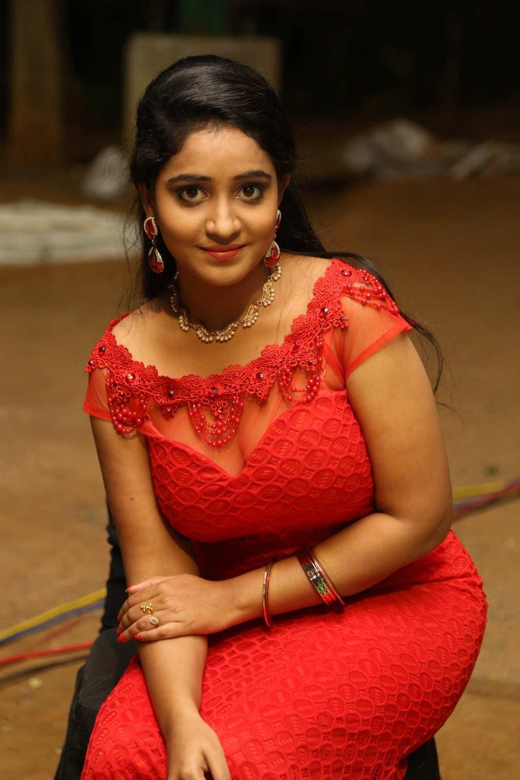 Aishwarya Addala photos at Ee Cinema Superhit-HQ-Photo-4