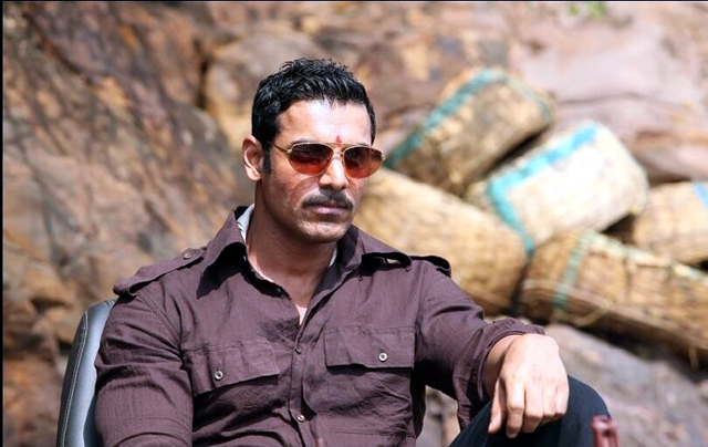 ll10d2i9uv3hrut4 D 0 John-Abraham-Shootout-At-Wadala-Movie-Pic jpgJohn Abraham Body Building In Shootout At Wadala