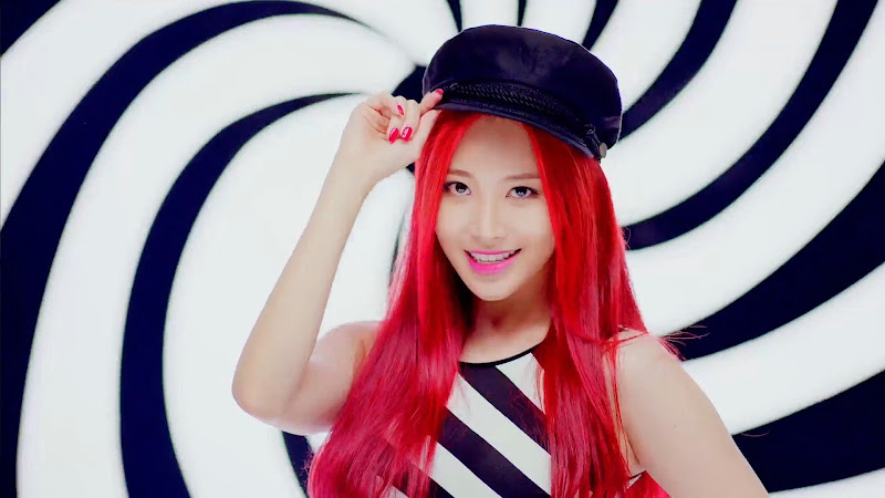 Girl's Day Yura Ring My Bell