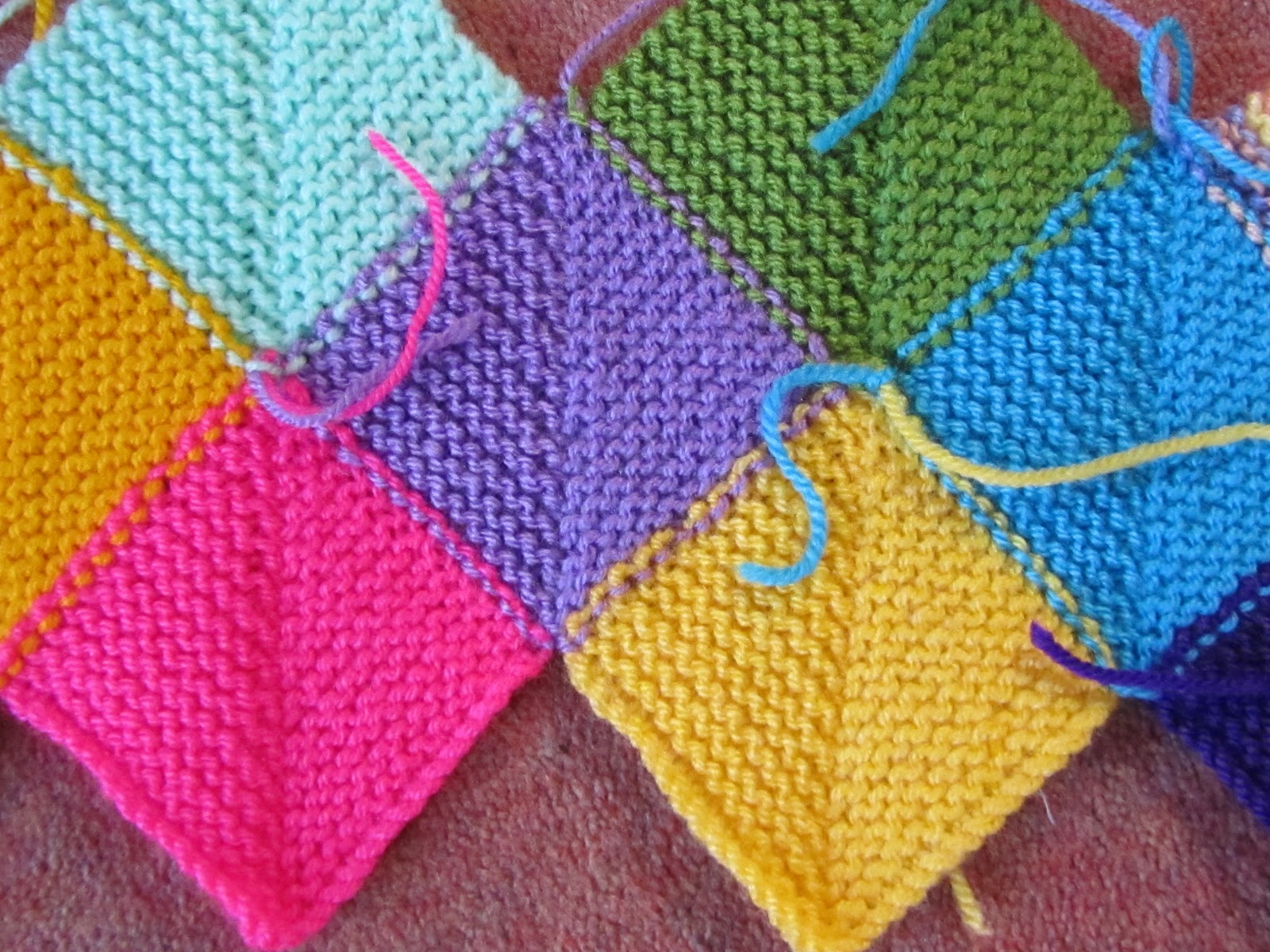 Stitch Knitted Squares Together : Great Grandmas Hotchpotch: WHAT A WEEK...