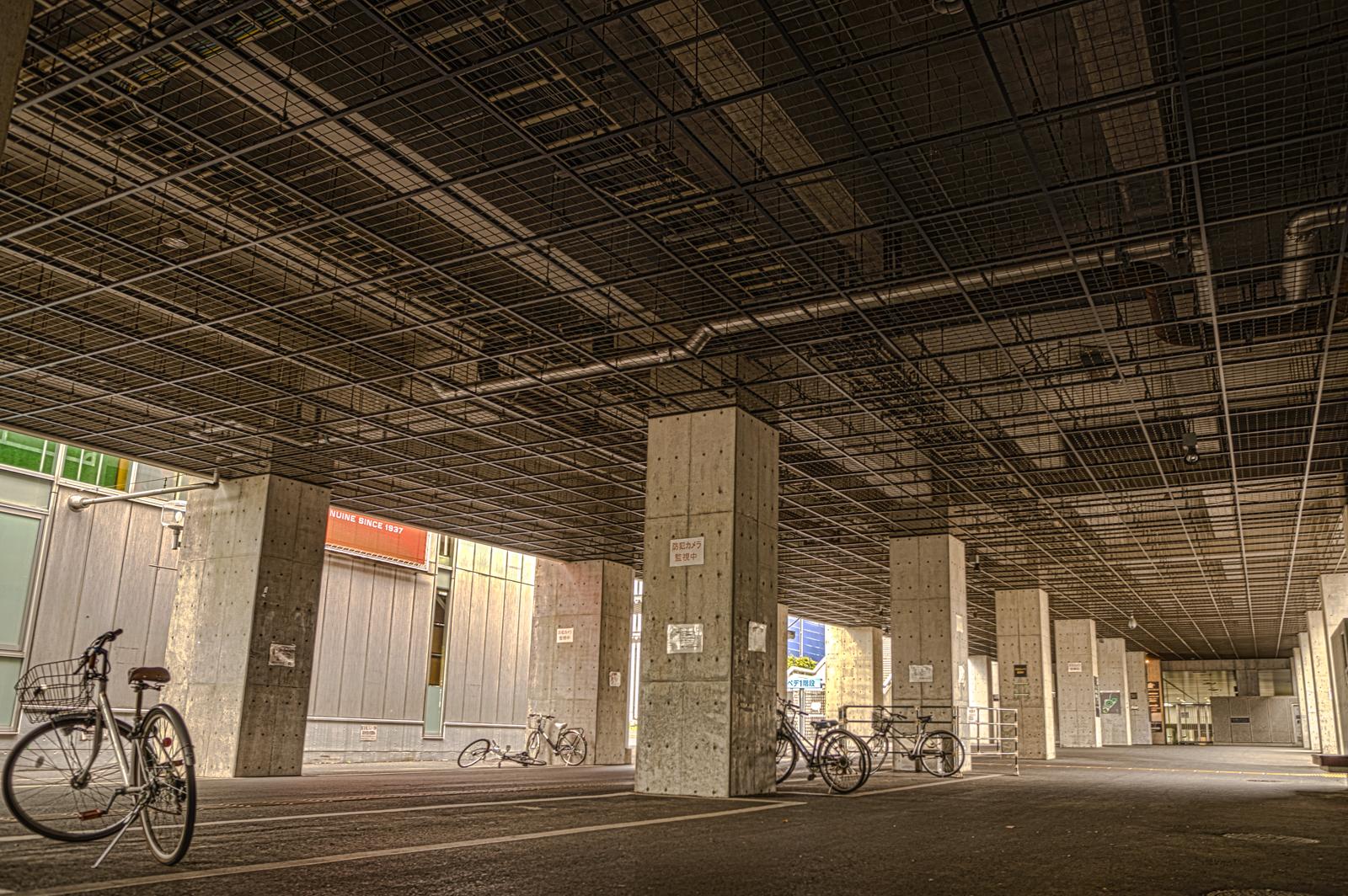 味の素スタジアム駐車場のHDR写真