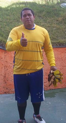GOLEIRO DE PESO