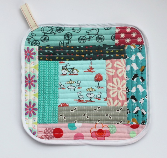 Quilt As You Go Pot Holders - Sew Delicious : log cabin quilt as you go - Adamdwight.com