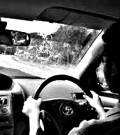 Arti Mimpi Belajar Naik Kendaraan