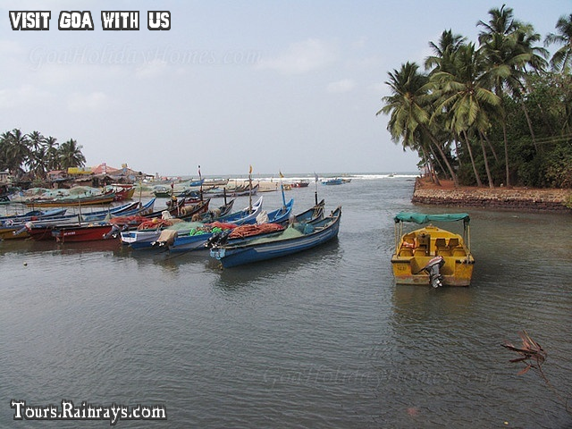 Tourist Place Baga Beach Goa India. Cheap and best tour in india.Holiday packege