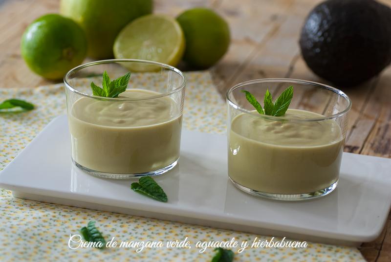 crema de manzana verde, aguacate y hierbabuena