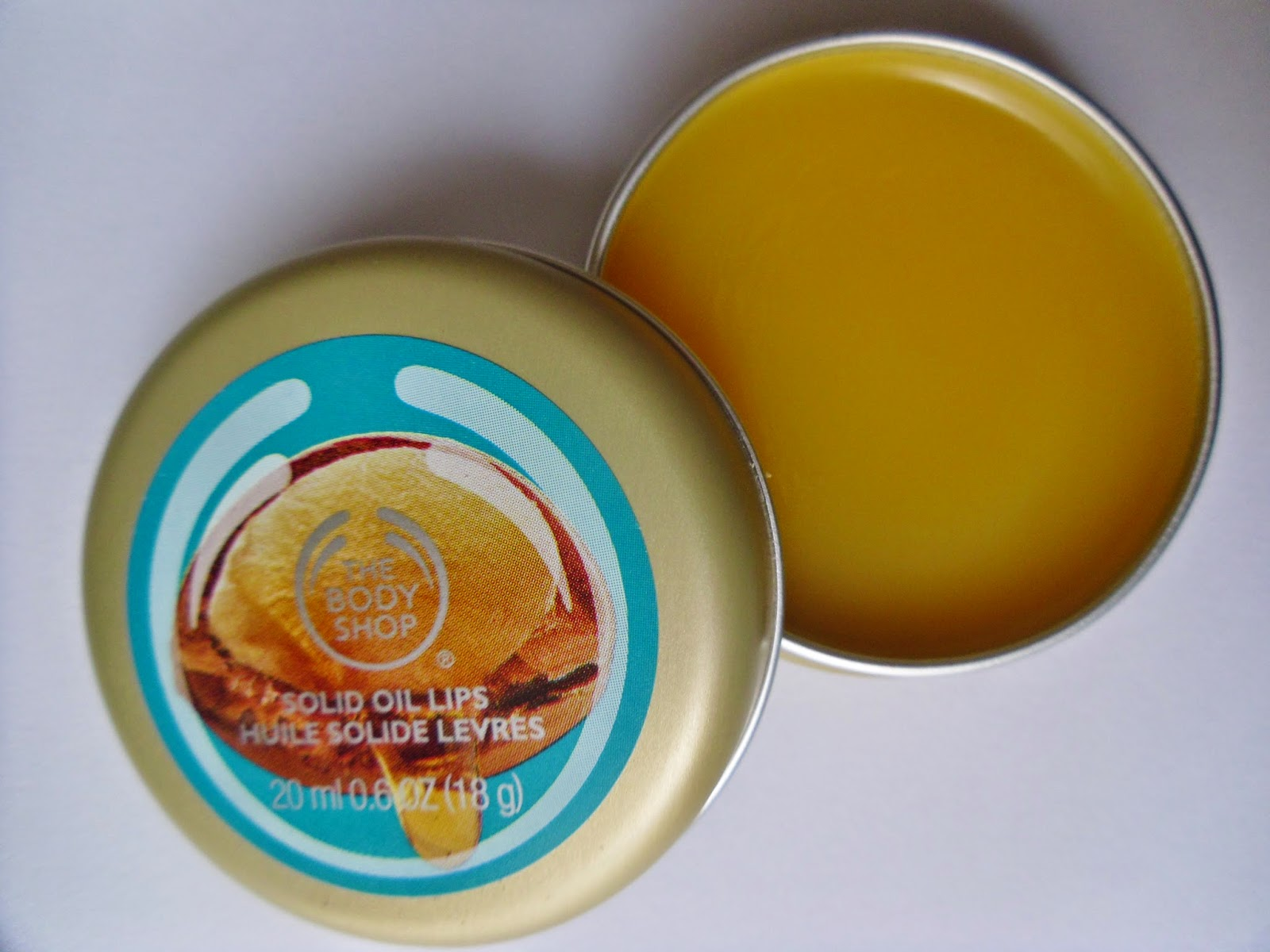The Body Shop Wild Argon Oil Solid Oil Lip Balm