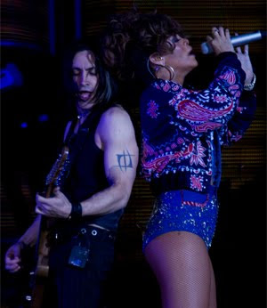 Nuno Bettencourt Rihanna California King Bed