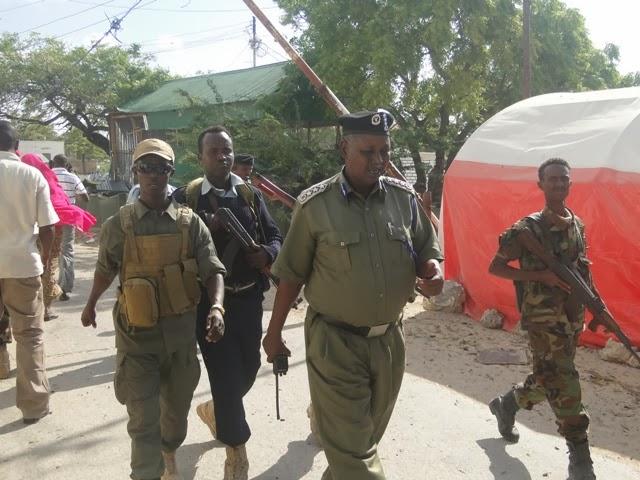 Somali Dhuuqmo Sawiro: HORN-WATCH: AL-SHABAAB OO QABSATAY MADAXTOOYADA MUQDISHO