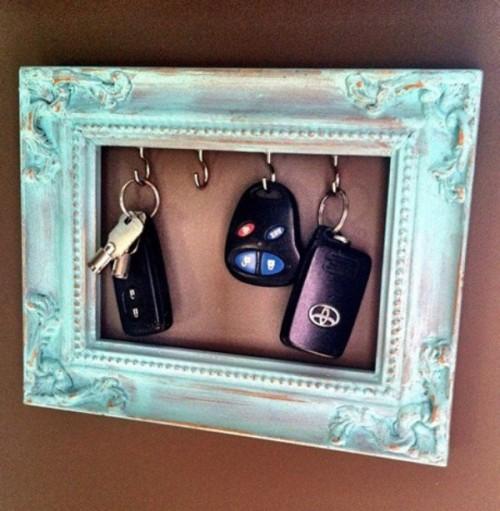 Designs Decor On A Dime Diy Vintage Key Frame