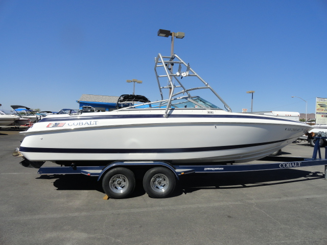 1996 Cobalt Boats 253! Super Clean Luxury Boat! Don't miss out!
