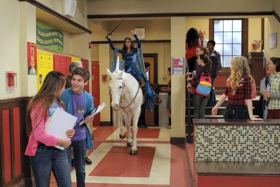 """Girl Meets World - Episode 1.14 - Review: """"I approveth this messageth"""""""