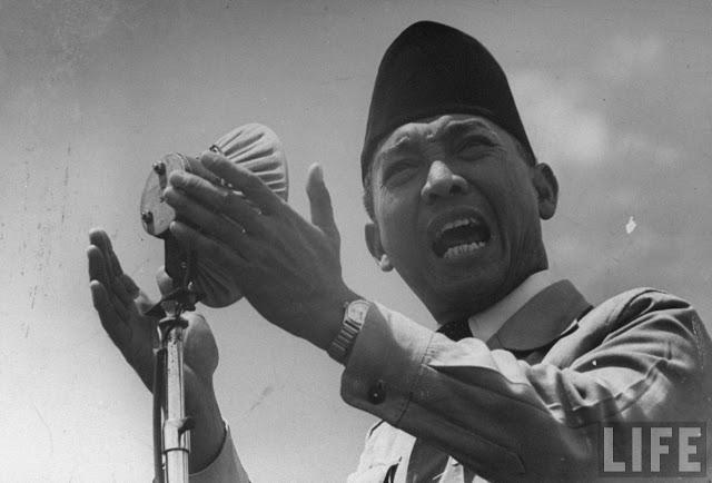 Kumpulan Kata-kata Bijak Soekarno